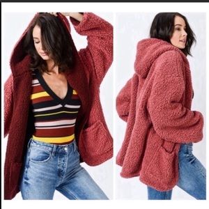 LOVE TREE reversible sherpa coat S,M,L hood red